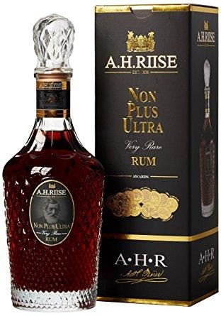 A.H. Riise Non Plus Ultra Danish Navy Rum 70 cl / 42 % Karibik