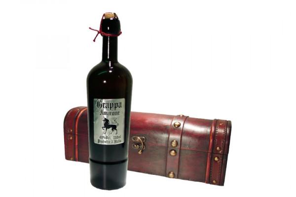 Grappa di Amarone in edler Holztruhe 70 cl / 40 % Italien