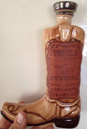 Tekyladys COWGIRL Boot Tequila Anejo 37.5cl / 38% Mexiko